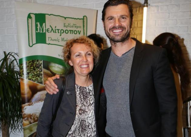 Χρήστος Βασιλόπουλος: Τον ρώτησαν μπροστά στη μητέρα του αν έχει κάνει sex tape! | tlife.gr