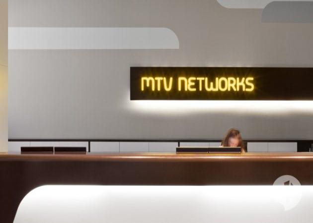 Αυτά είναι τα ανακαινισμένα γραφεία του MTV στο Βερολίνο! | tlife.gr