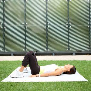 Ασκήσεις με fitness ring για τέλεια πόδια