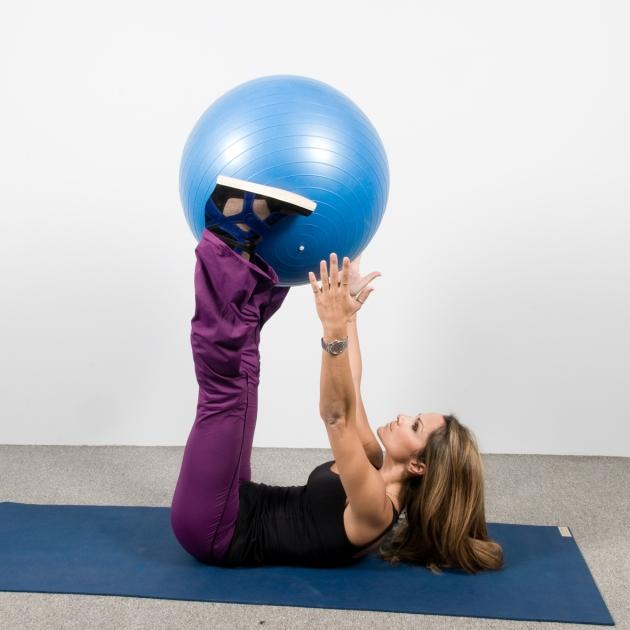 4 | Ασκήσεις με μπάλα: Κοιλιακοί και μηροί Μέρος Τρίτο
