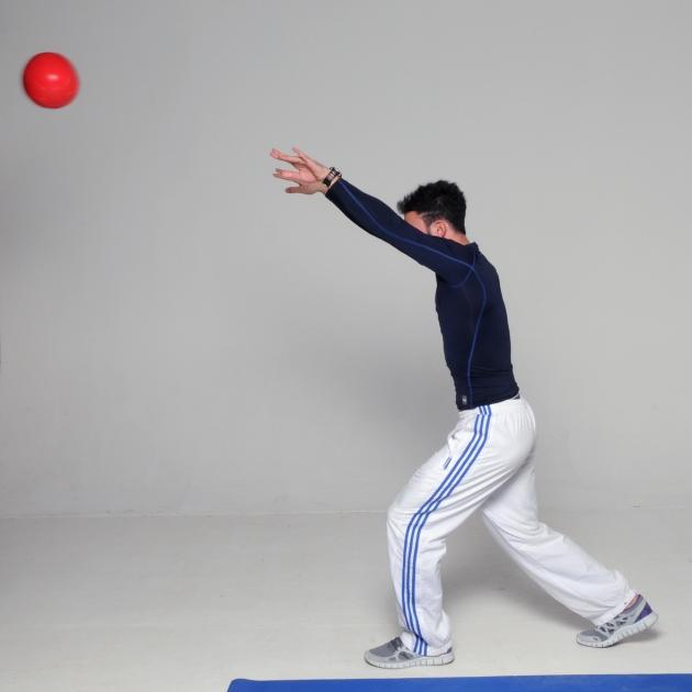 11 | Προβολές & Έκταση Τρικεφάλων με την medicine ball Μέρος Τέταρτο