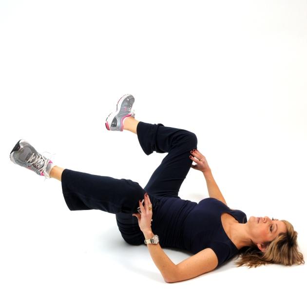 12   Εκτάσεις ποδιών με τα γόνατα λυγισμένα Μέρος Πρώτο