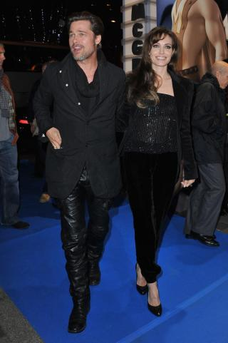 H Angelina Jolie στο Παρίσι! Τι φόρεσε; | tlife.gr