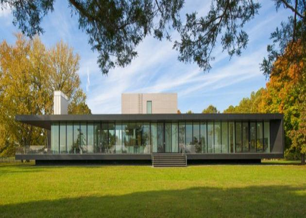 Ένα γυάλινο σπίτι δίπλα σε ποτάμι! | tlife.gr