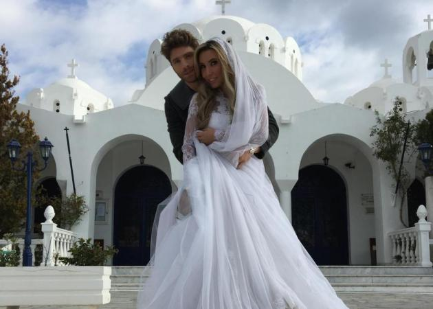 Γιώργος Μανίκας: Γιατί πήγε γαμπρός στην εκκλησία; Φωτογραφίες | tlife.gr