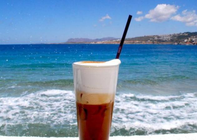 Το… σοκ της ημέρας: Πόσες θερμίδες έχει ο καφές που πίνεις! [πίνακας]