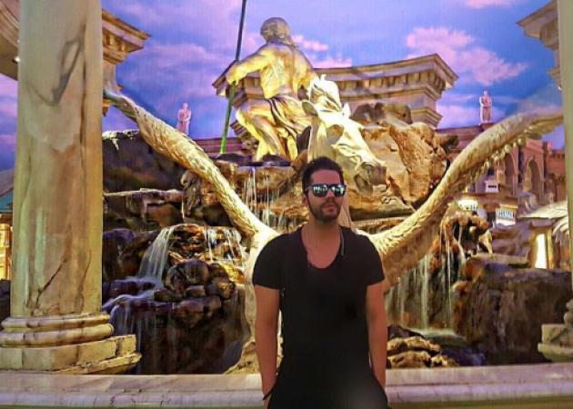 Γιώργος Τσαλίκης: Έχει τρελάνει την ομογένεια σε Αμερική και Καναδά! Βίντεο | tlife.gr