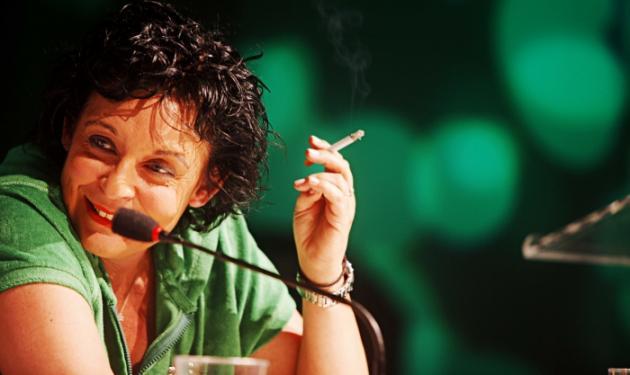 Το φαινόμενο Λιάνα Κανέλλη που αναστάτωσε τη Βουλή | tlife.gr