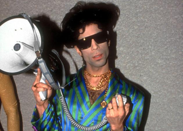Θυμόμαστε τις πιο δυνατές beauty στιγμές του Prince! | tlife.gr