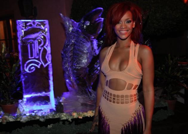 Τι φόρεσε η Rihanna στα γενέθλιά της; | tlife.gr