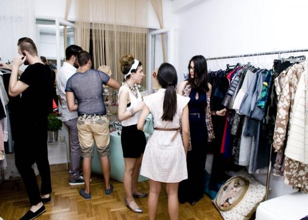 Samples Sales με κομμάτια αγαπημένων Eλλήνων σχεδιαστών: Φωτογραφίες από την πρώτη μέρα του event!
