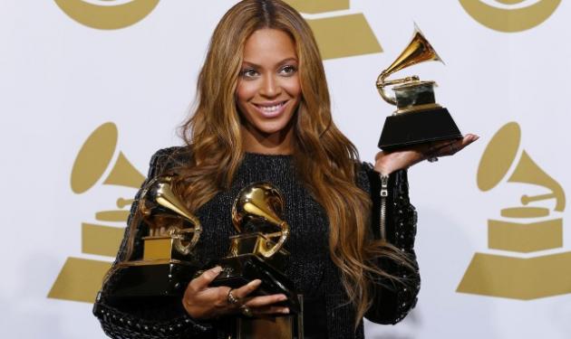 Grammys 2015: Οι μεγάλοι νικητές και οι εντυπωσιακές εμφανίσεις στο κόκκινο χαλί! | tlife.gr