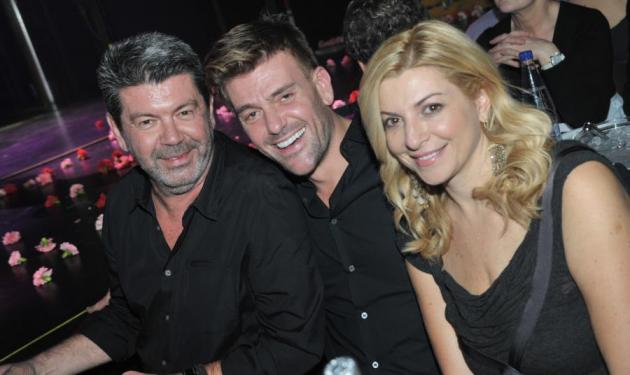 Η ελληνική showbiz διασκεδάζει στην Άννα Βίσση! Δες φωτογραφίες   tlife.gr
