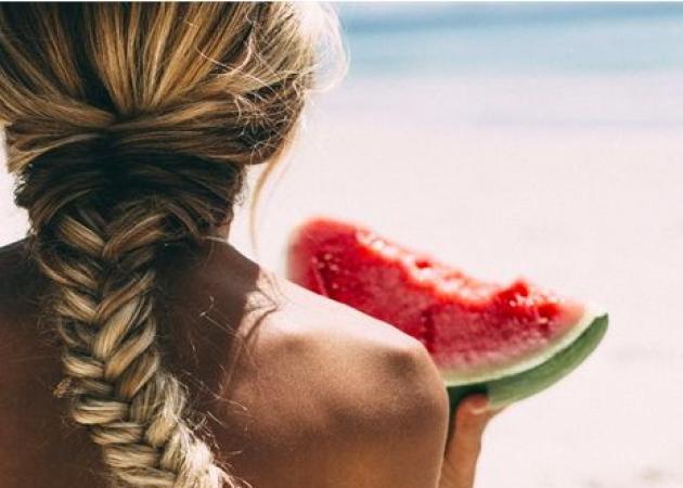 ΑΔΥΝΑΤΙΣΜΑ: Οι 7 τροφές που πρέπει να καταναλώνουμε μέχρι να τελειώσει το καλοκαίρι!