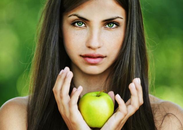 8 ιδιότητες των μήλων που δεν ήξερες μέχρι σήμερα! Γιατί θεωρούνται σύμμαχοι στο αδυνάτισμα και στην υγεία; | tlife.gr