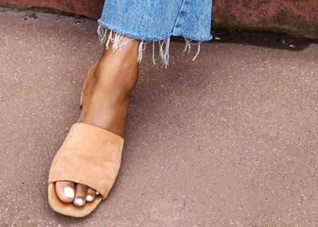 Στιλιστική πρόταση για το ΣΚ: Τα παπούτσια που θα φορέσουμε όπου κι αν βρισκόμαστε! | tlife.gr