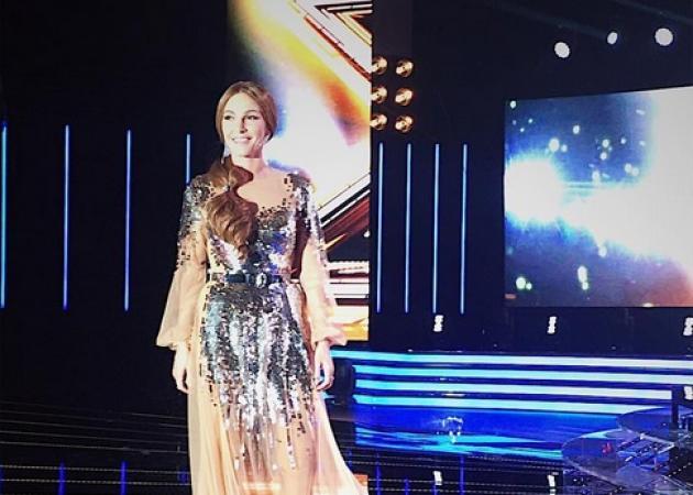 Ξέρουμε τι φόρεσε η Τάμτα στο πρώτο live του X Factor 2 - TLIFE cc0606c1d38