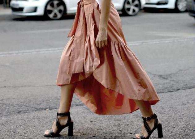 H must φούστα που πρέπει να αποκτήσεις είναι αυτή!   tlife.gr