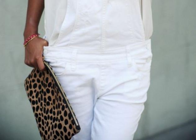 Το leopard clutch γίνεται casual!