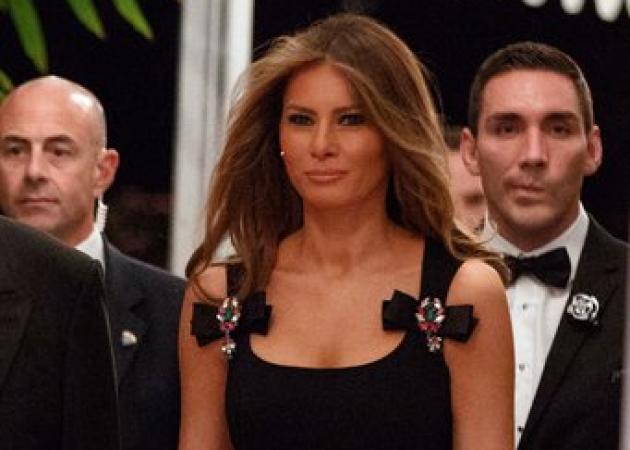 Ποιος σχεδιαστής έντυσε τελικά τη Melania Trump στο Πρωτοχρονιάτικο ρεβεγιόν; | tlife.gr