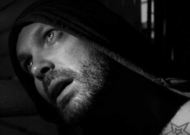 Δημήτρης Στρέπκος: Αποκαλύπτει στο Tlife τι θα δούμε στην AXDW από τους Celebrity Skin | tlife.gr