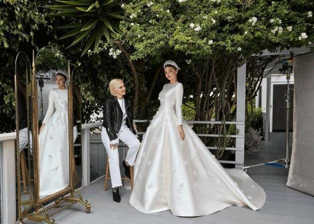 Ποιος οίκος σχεδίασε το νυφικό της Miranda Kerr;