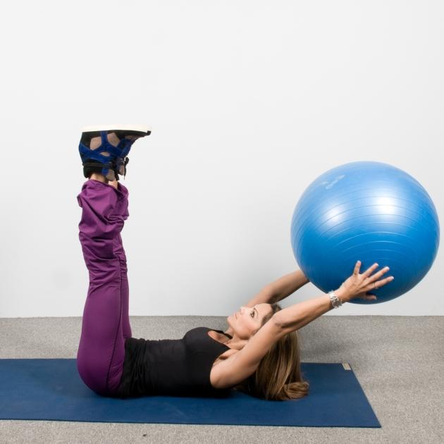 5 | Ασκήσεις με μπάλα: Κοιλιακοί και μηροί Μέρος Τέταρτο