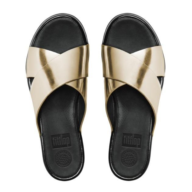 24 | Adam's Shoes 32€