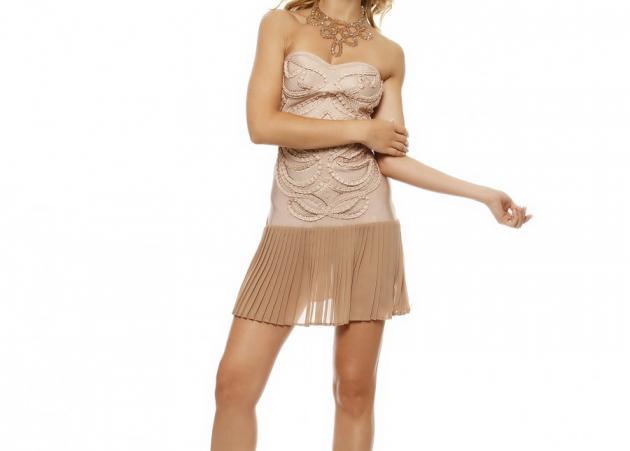 Σου βρήκαμε το φόρεμα για μια ξεχωριστή βραδινή εμφάνιση!