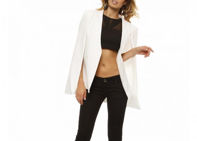 Λευκό blazer: Το κομμάτι που πρέπει να βάλεις στην γκαρνταρόμπα σου!