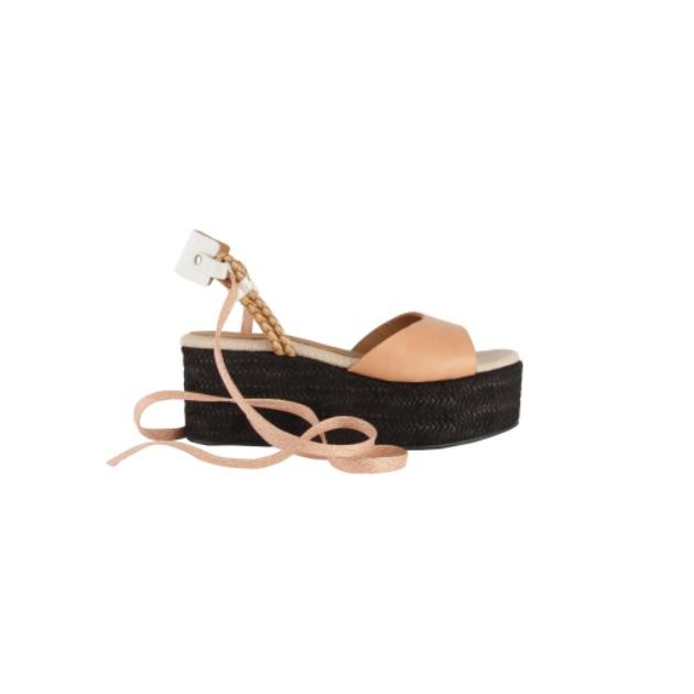29 | Flip Flop 210€
