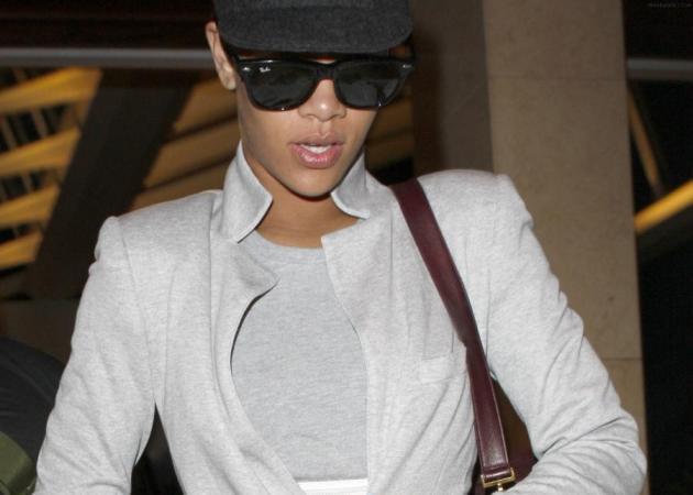 Ποιο είναι το καινούριο στιλ της Rihanna; | tlife.gr