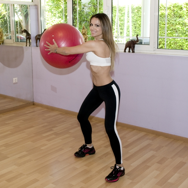 5   Περιστροφές κορμού με τη μπάλα Mέρος Δεύτερο