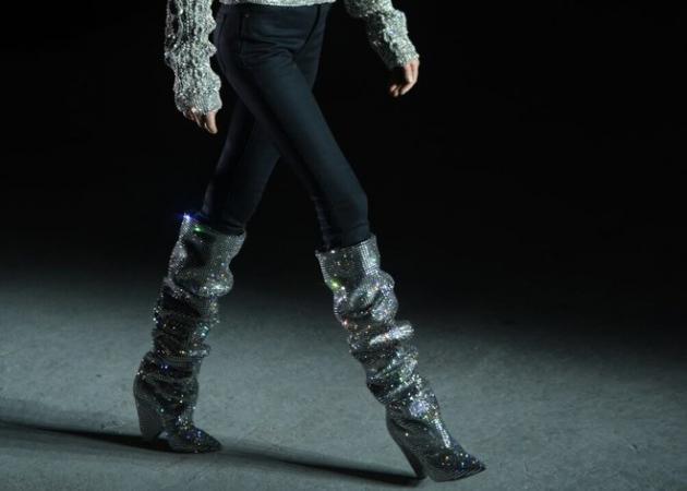 Οι μπότες που μας κάνουν να ανυπομονούμε να έρθει ο επόμενος χειμώνας