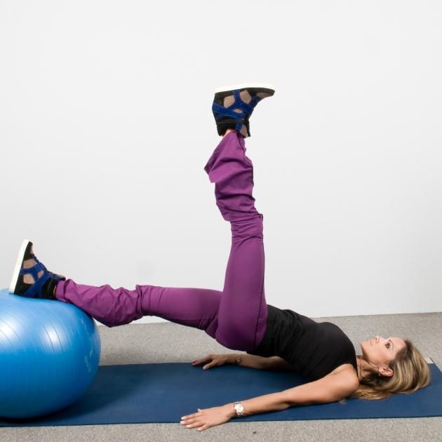 9 | Ασκήσεις με μπάλα: Άρσεις ποδιού από θέση σανίδα Μέρος Δεύτερο