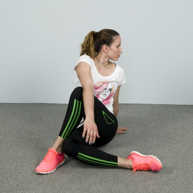 22 | Spinal Twist Seated