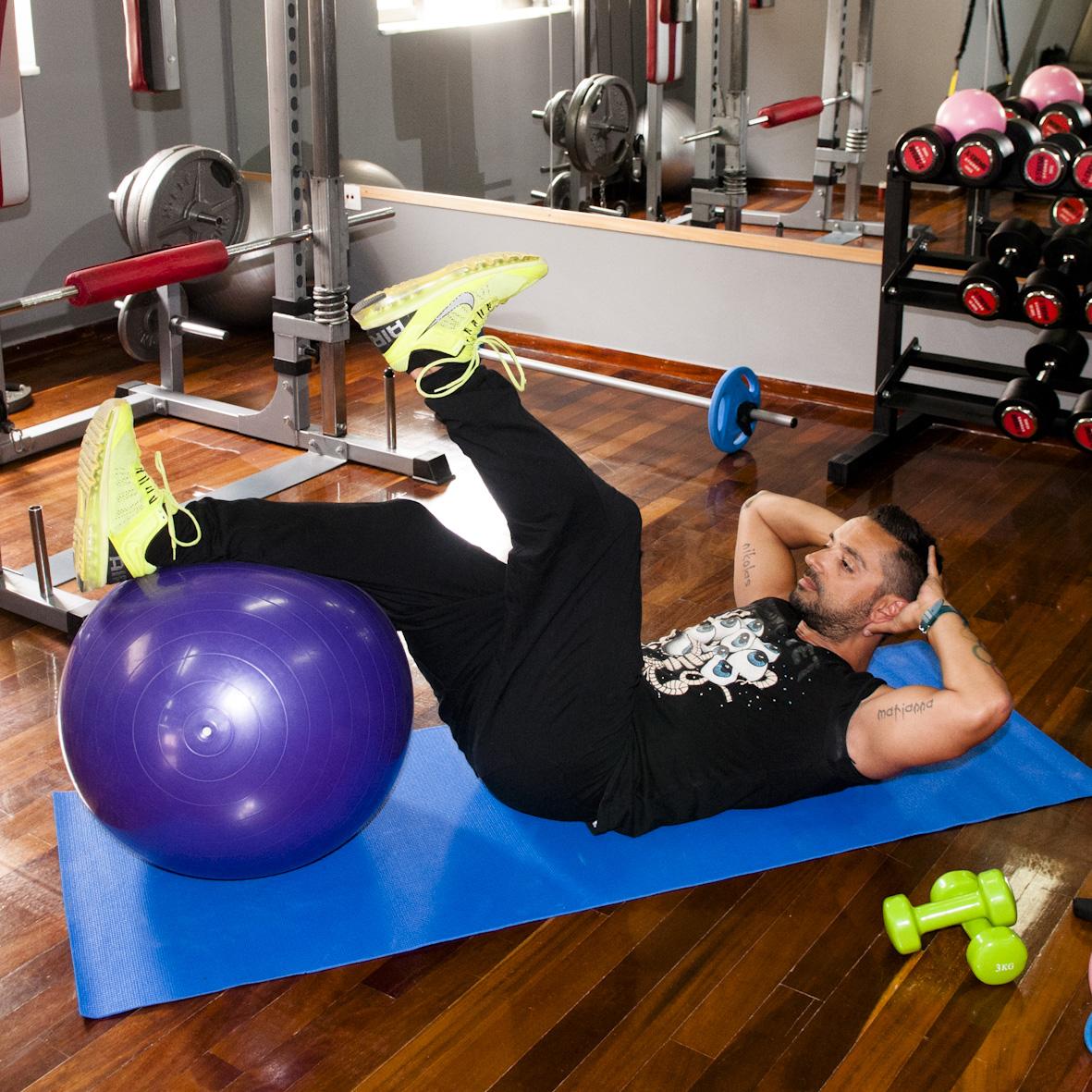 8   Άσκηση Δεύτερη για κοιλιά και πόδια Μέρος Πρώτο
