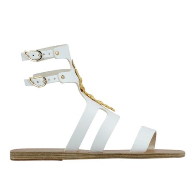 Λευκά μαγιό και beachwear - TLIFE 22d8188876a