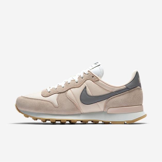 8 | Sneakers Nike