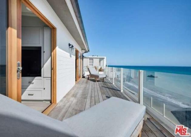 Leonardo DiCaprio: Πουλάει το πρώτο του παραθαλάσσιο σπίτι! | tlife.gr