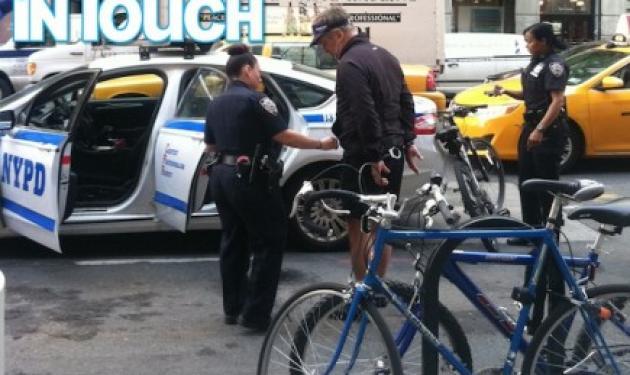 Συνελήφθη ο Alec Baldwin!   tlife.gr