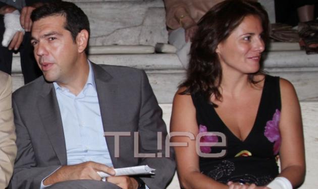 Αλ. Τσίπρας – Μπ. Μπαζιάνα: Απόλαυσαν τη Μ. Φαραντούρη στο Ηρώδειο! | tlife.gr