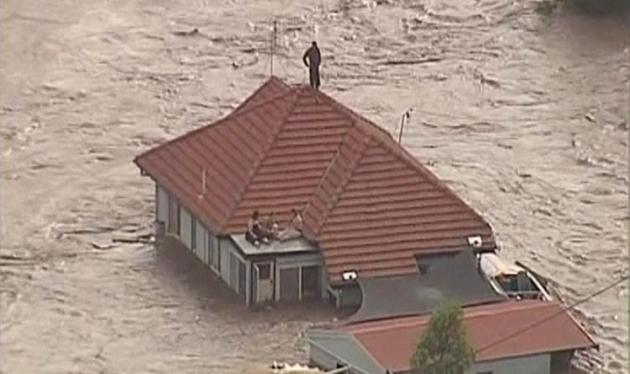 Συγκλονίζουν οι πλημμύρες στην Αυστραλία! Νεκροί και αγνοούμενοι | tlife.gr