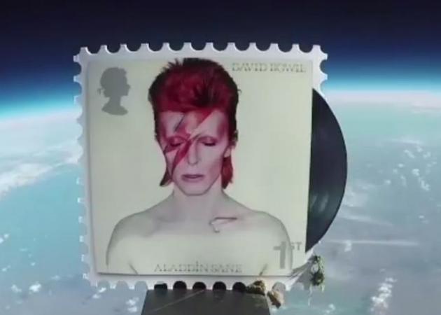 David Bowie: Ταξίδι στο διάστημα για τα γραμματόσημα του θρύλου της διεθνούς μουσικής σκηνής | tlife.gr