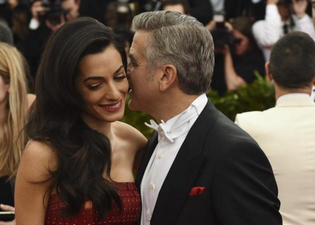 Amal Alamuddin: Γιατί απαγόρευσε στον George Clooney να πάει σε τελετή βραβείων; | tlife.gr