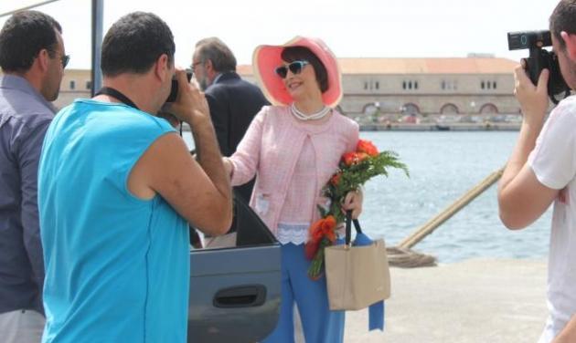 «Δικαίωση»: Επέστρεψαν στην Αθήνα, φωτό από τα γυρίσματα που έγιναν στη πανέμορφη Σύρο! | tlife.gr