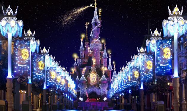 H Disneyland στο Παρίσι ψάχνει να προσλάβει Έλληνες υπαλλήλους | tlife.gr