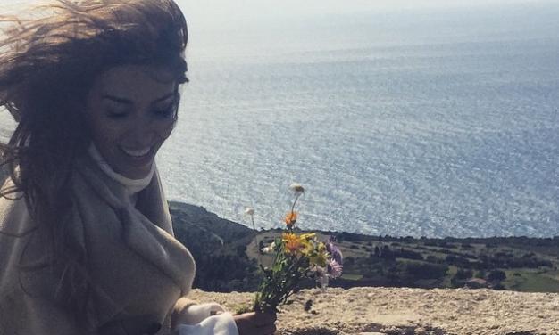 Ελένη Φουρέιρα: Πασχαλινή εξόρμηση στη φύση! | tlife.gr