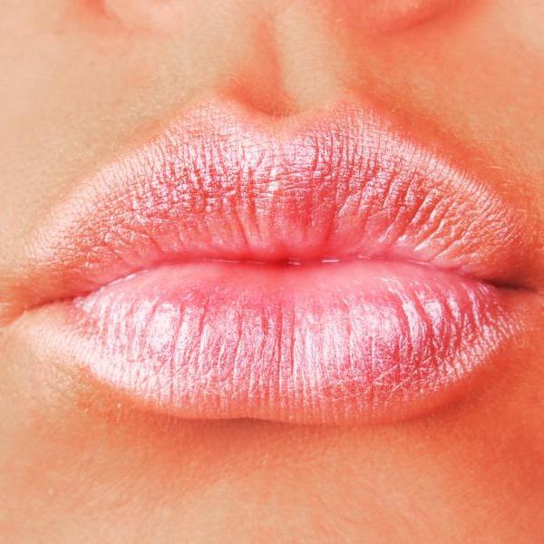 Πώς θα κάνεις τα χείλη σου να δείχνουν πιο sexy και γεμάτα!