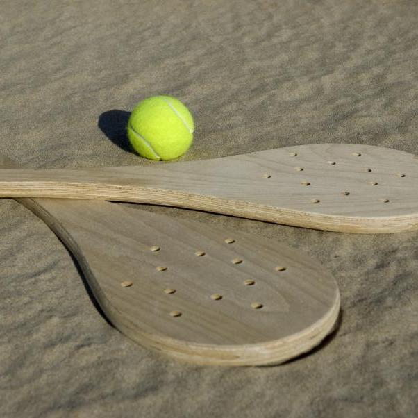 Πώς να κάνεις μασάζ στο γραφείο με ένα μπαλάκι του τέννις! | tlife.gr